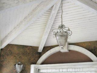 Фальш балки на сводчатом потолке