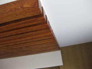потолок из балок-реек
